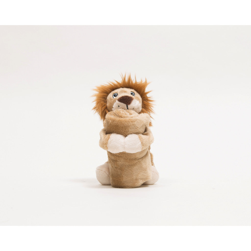 Lion comforter, soft and comes with blanket
