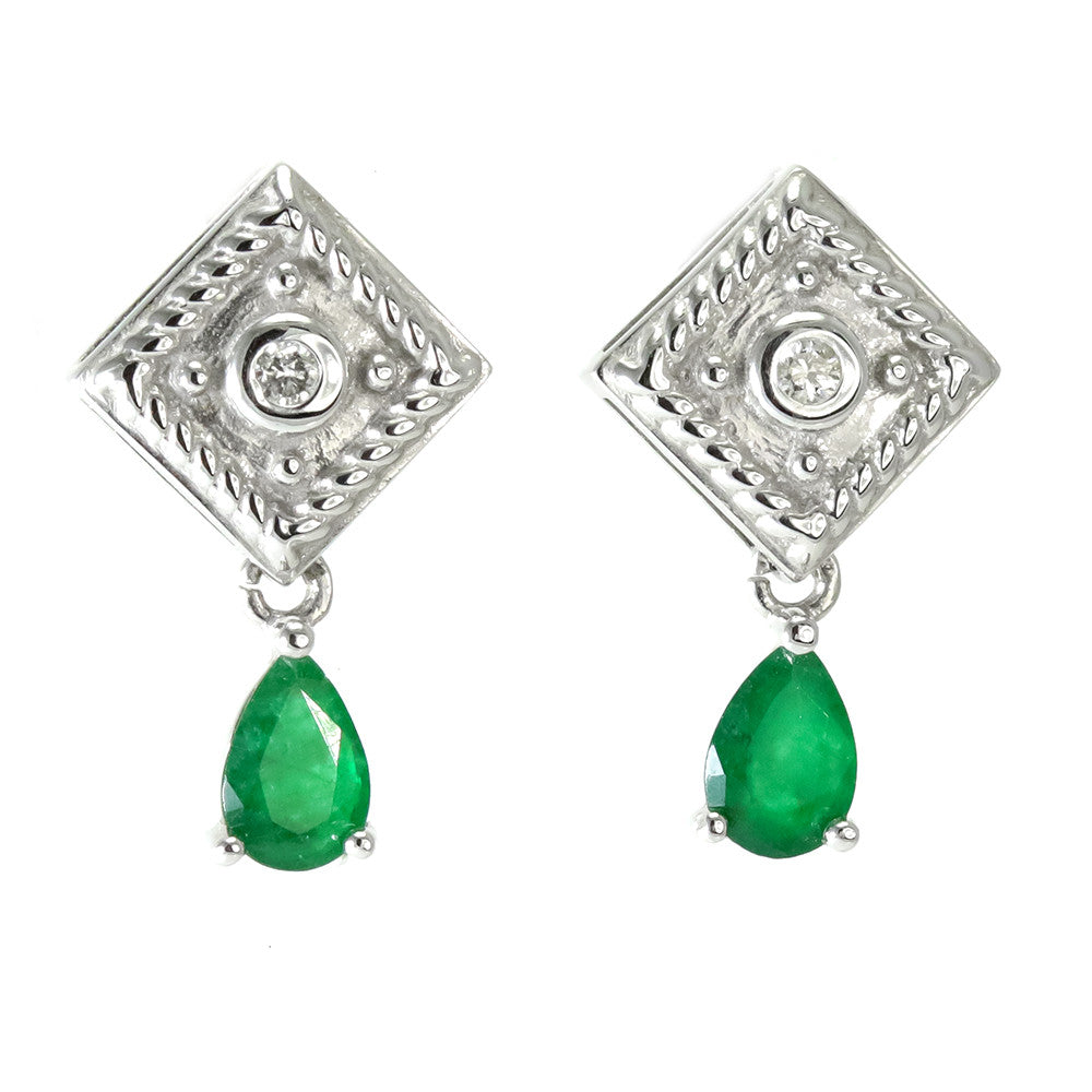 14k white gold emerald and diamond studs earrings