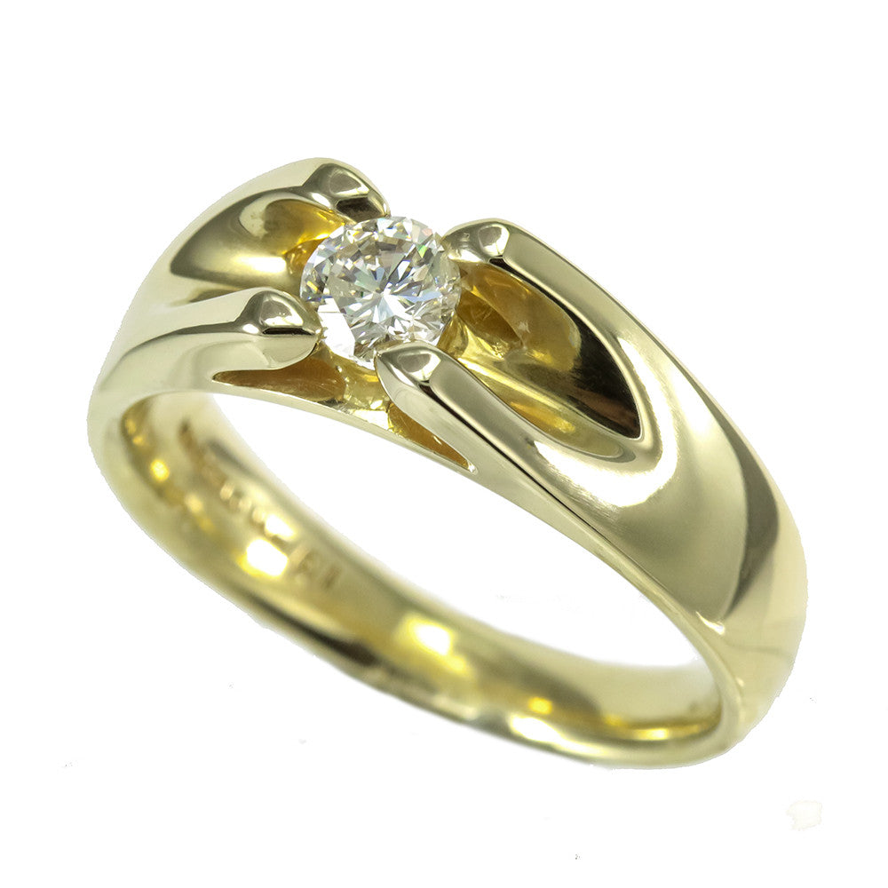 14k yellow gold men's round brilliant cut  diamond ring