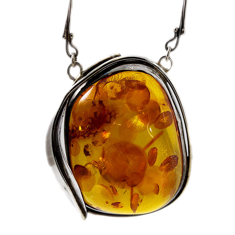 Sterling Silver Detailed Amber Pendant Necklace