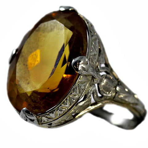 18 Carat White Gold Ring with Citrine