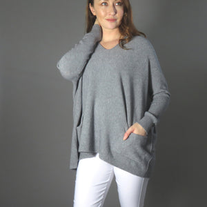 Knit with pockets -grey