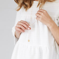 what is a lariat necklace