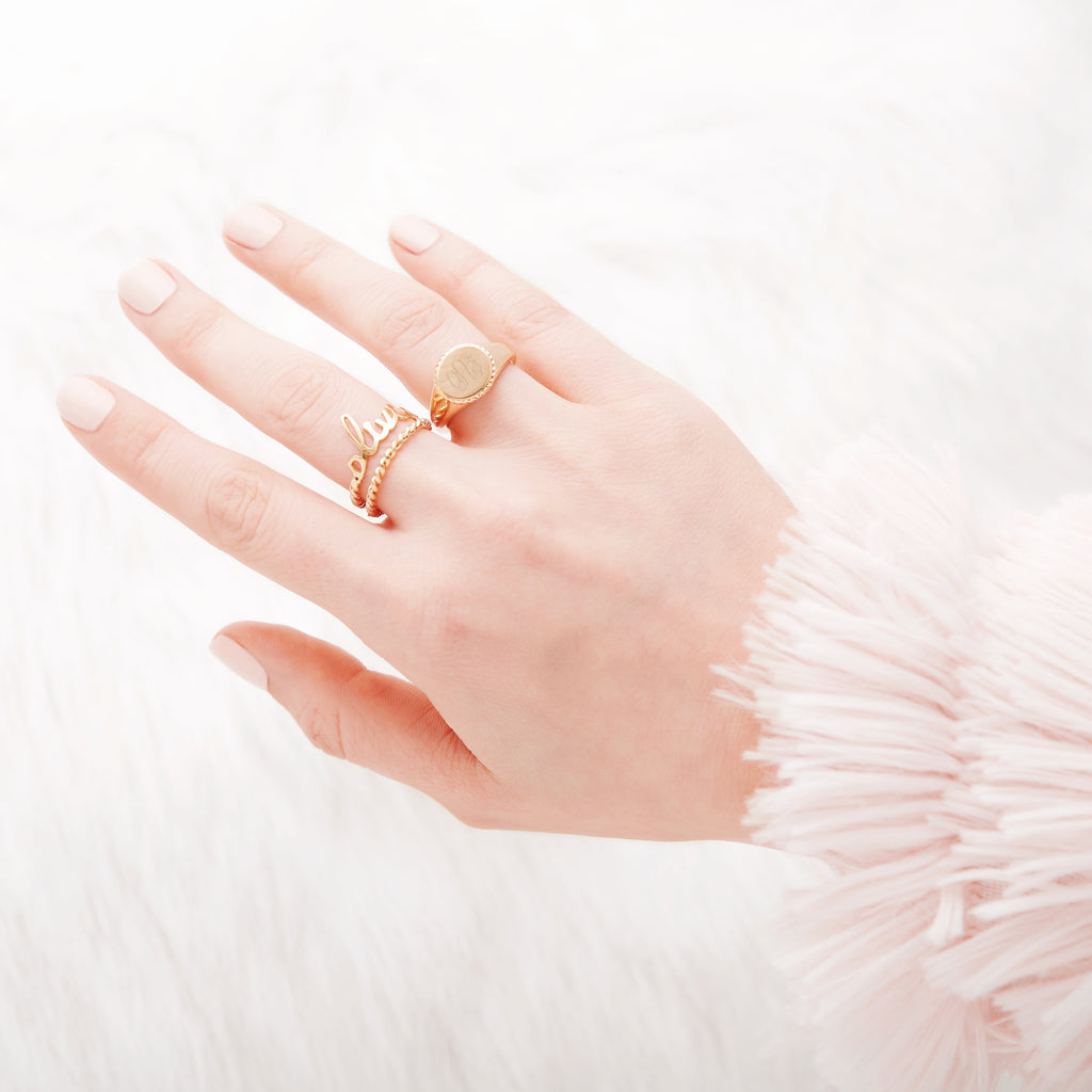 $influencer Charlie Signet Ring by @brookandyork