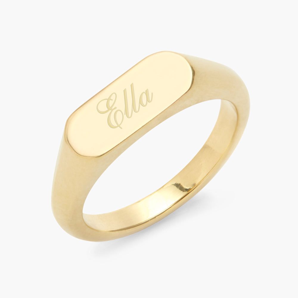 Evie Signet Ring