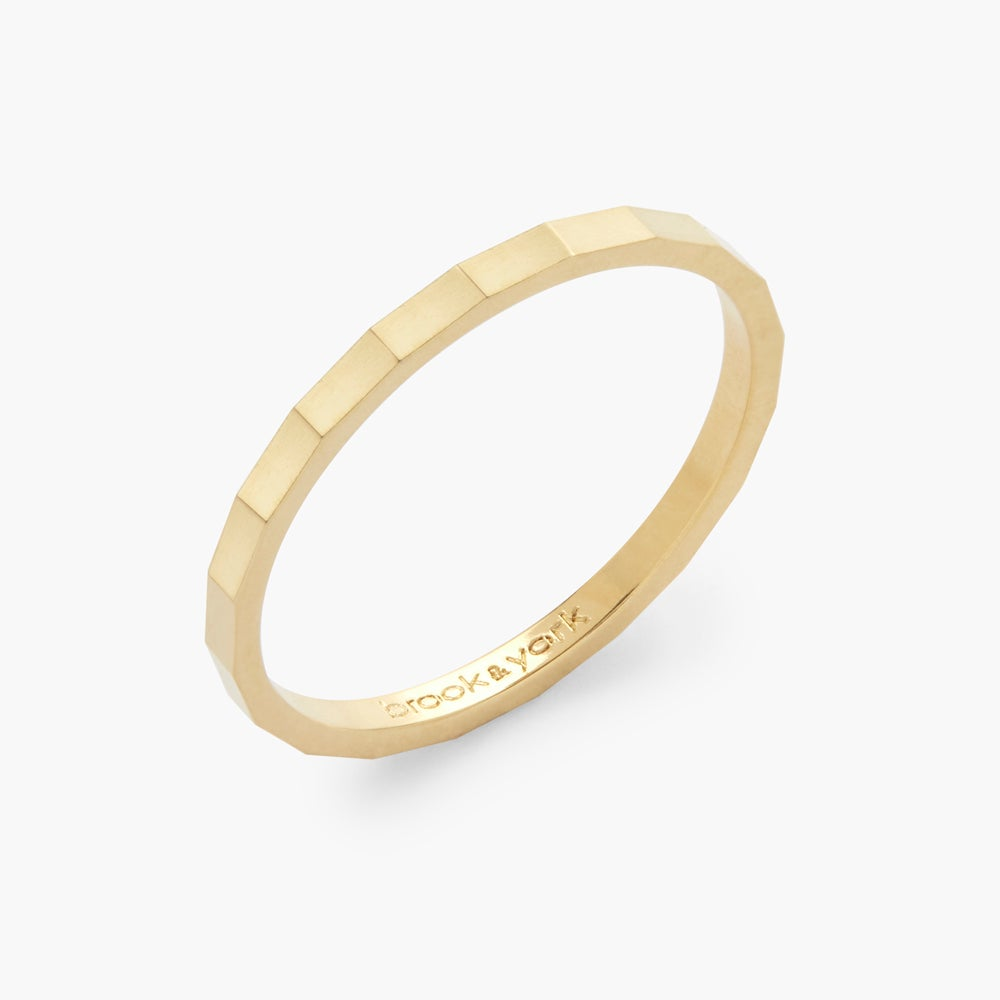 Lucy Extra Thin Ring