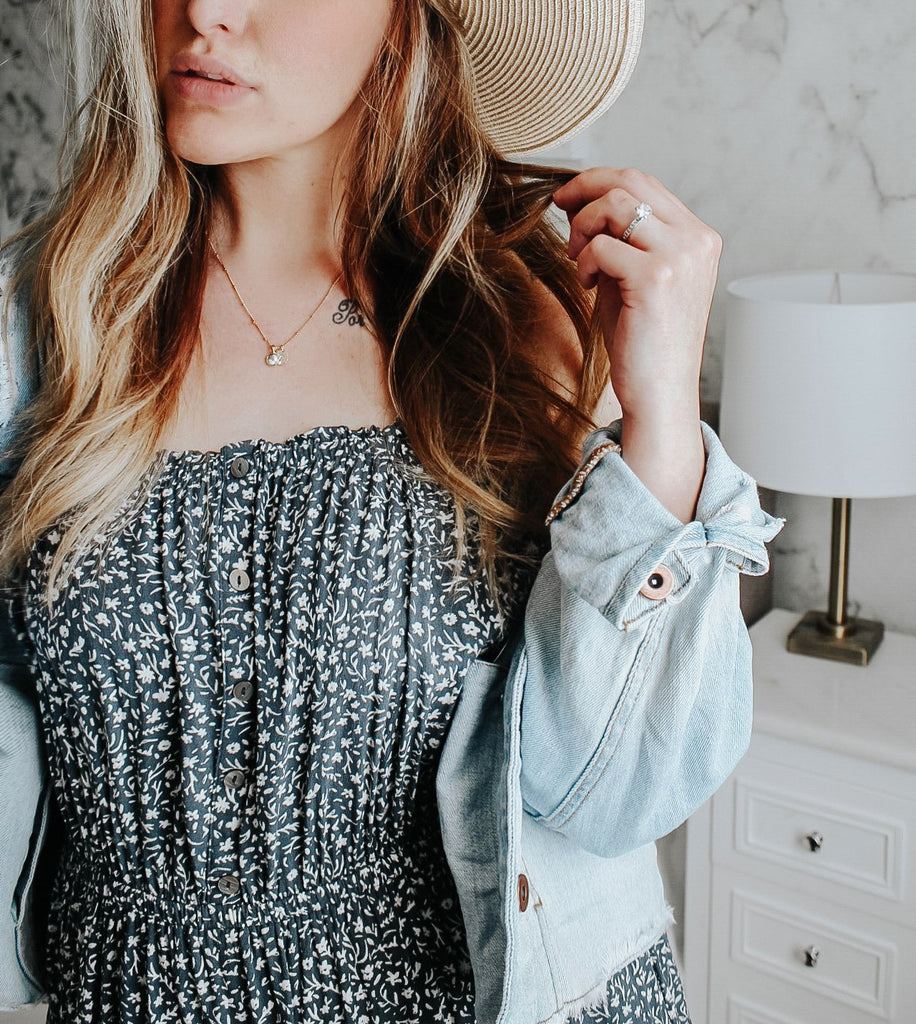 $influencer @cravyandco wearing Nola Gemstone Pendant - Howlite by @brookandyork