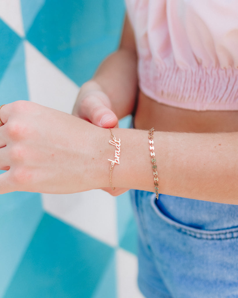 $influencer @stylincafe wearing Nella Nameplate Bracelet by @brookandyork