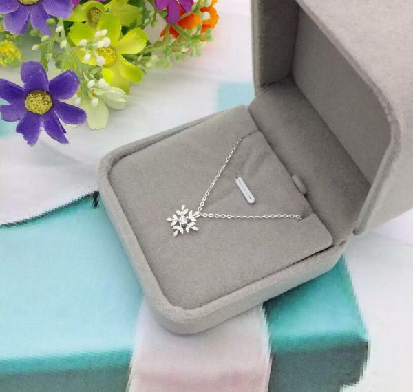 Sterling Silver Cubic Zirconia Snowflake Necklaces Pendant - Fashion Hut Jewelry