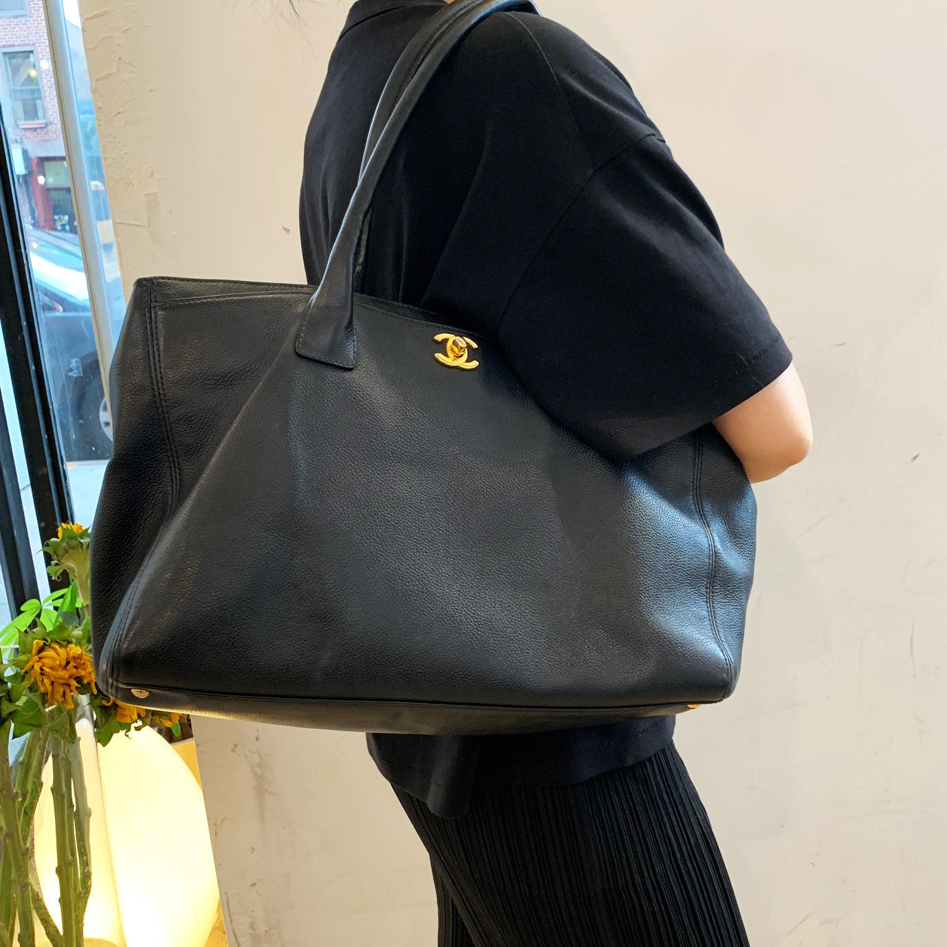 Chanel Black Caviar Leather Tote/Shoulder Bag