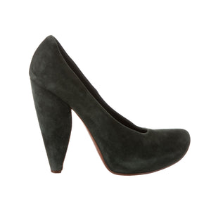 MARC JACOBS Suede Round-Toe Pumps - 39
