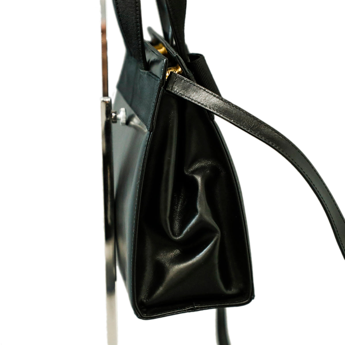 SALVATORE FERRAGAMO Leather Vera Bow Handle Bag