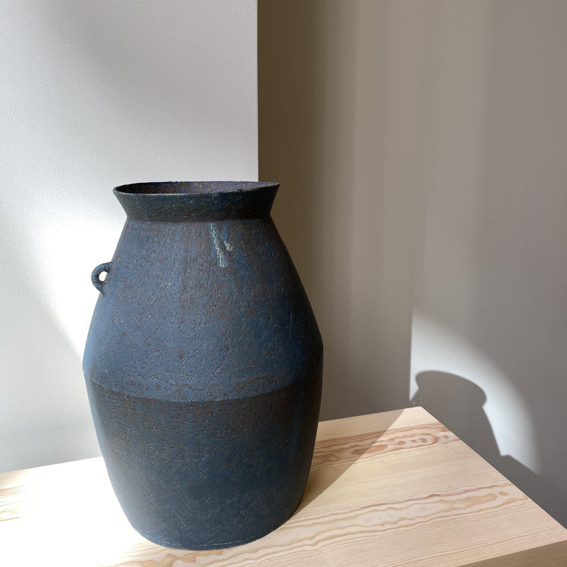 Vase-Small Blue Broc vase with 1 handle-Linda Ouhbi-YONOBI