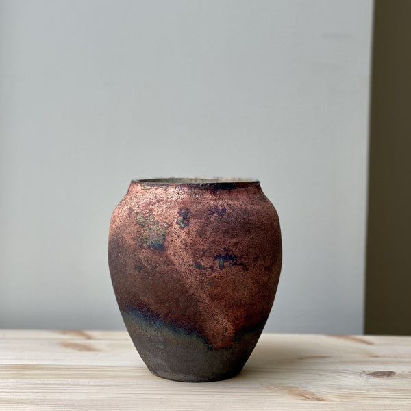 vase-Small unique Raku Vase no. 16-Léon Serre-YONOBI