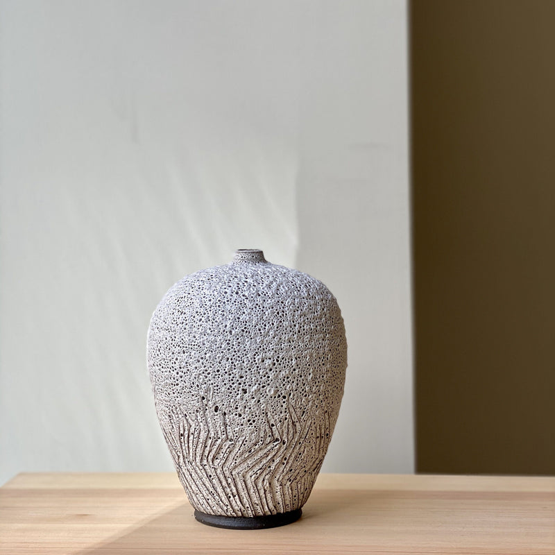 vase-Unique Single flower Vase-Louise Egedal-YONOBI