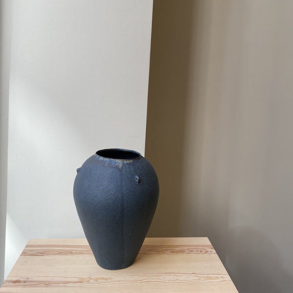 Vase-Blue vase with 3 handles-Linda Ouhbi-It's yo no bi