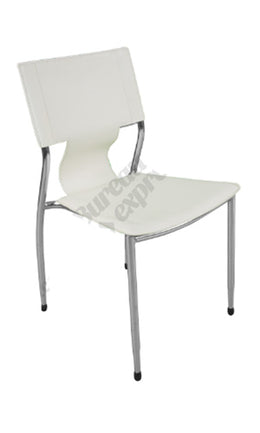 Chaise empilable en cuirette blanche