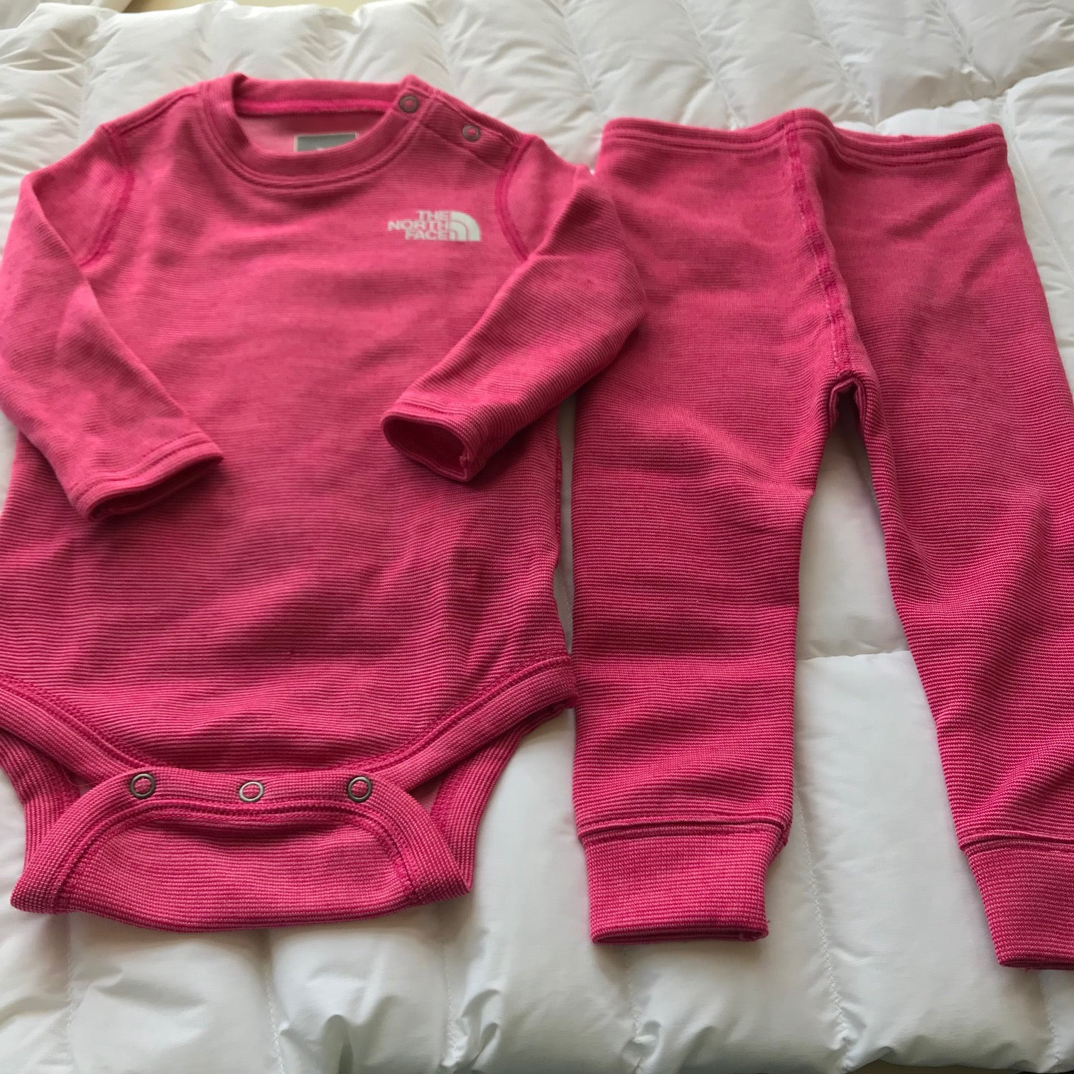 3bb95f735 Infants' The North Face | Baselayer Snapsuit Set | Pink