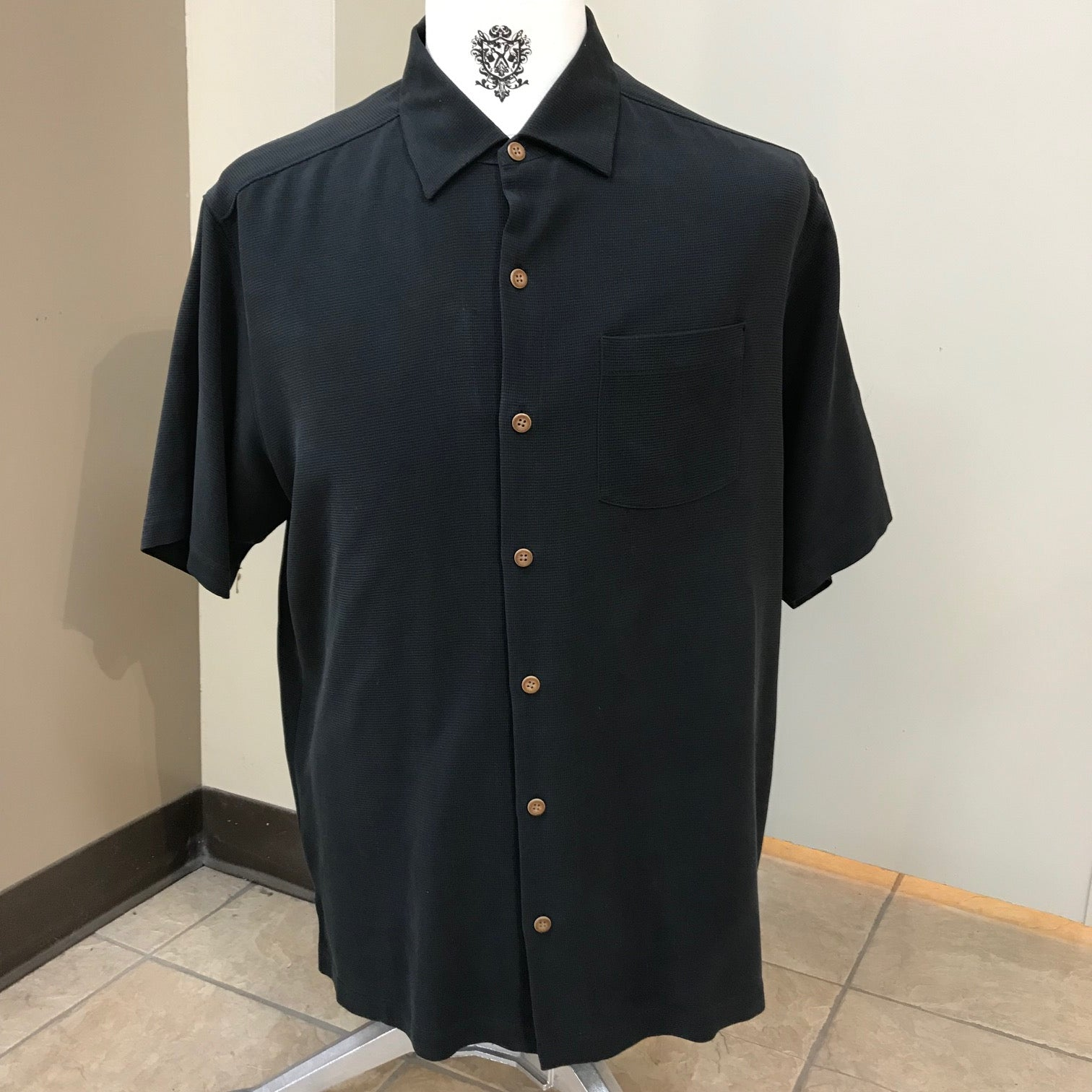 FL Long Sleeve Embroidered T-Shirt New Tommy Bahama Men/'s Naples L XL