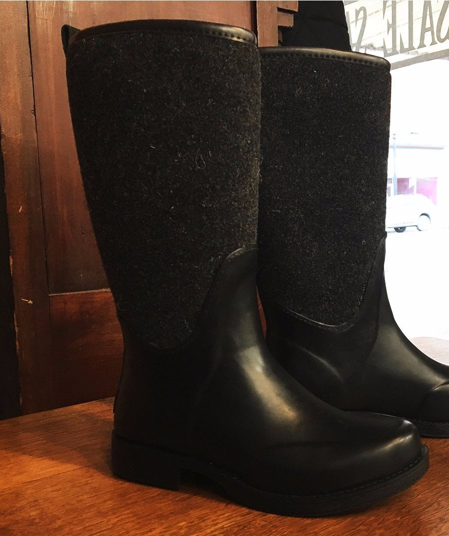 237e31dadb9 Women's UGG | Reignfall | Rain Boot | Black | Size 7 only