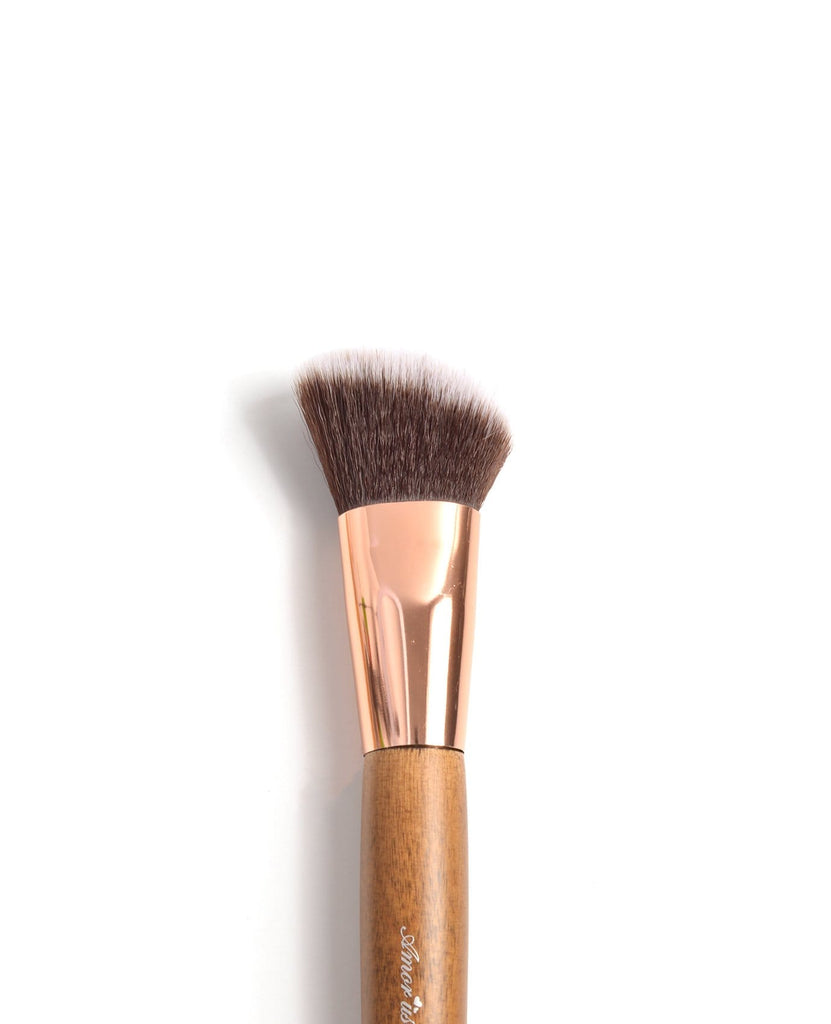 Amor Us Angled Contour Brush - #103