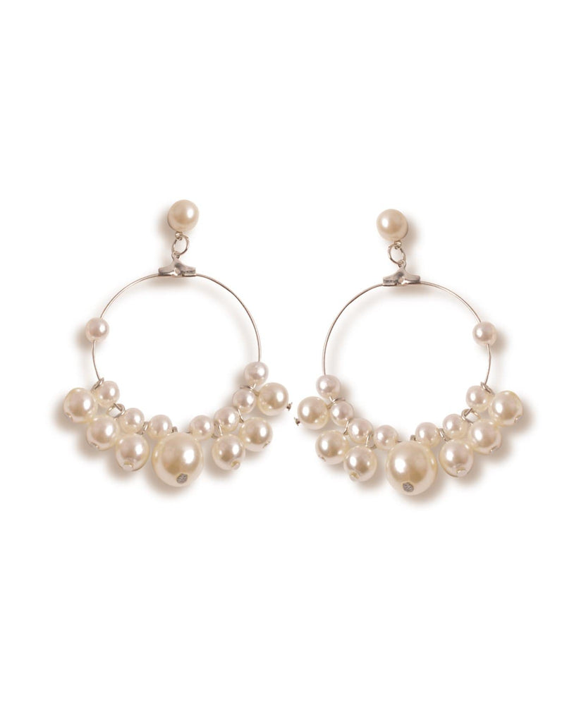 Diva Pearls Hoop Earrings