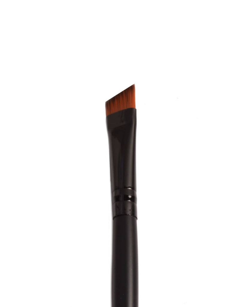 Amor Us Angled Defining Brush - #913