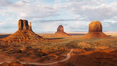 Photography: Monument Valley - Organ Mountain Outfitters