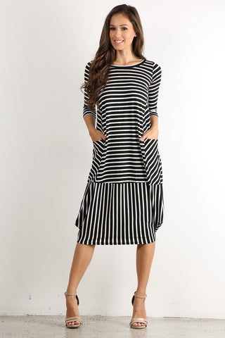 Black & White Stripe Bubble Midi Dress With Pockets - Plus Size