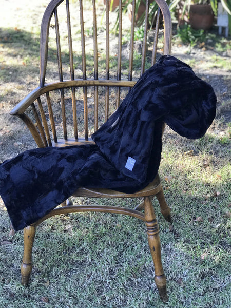 "Black Minky Throw (59"" x 84"")"