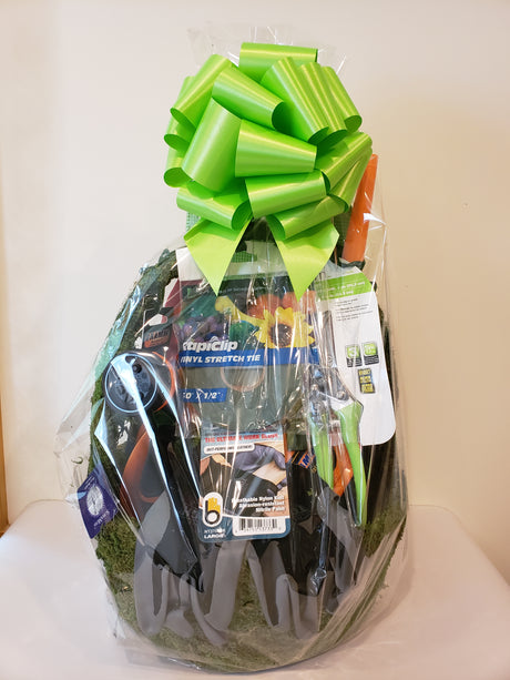Large Gardeners Gift Basket Men TCG
