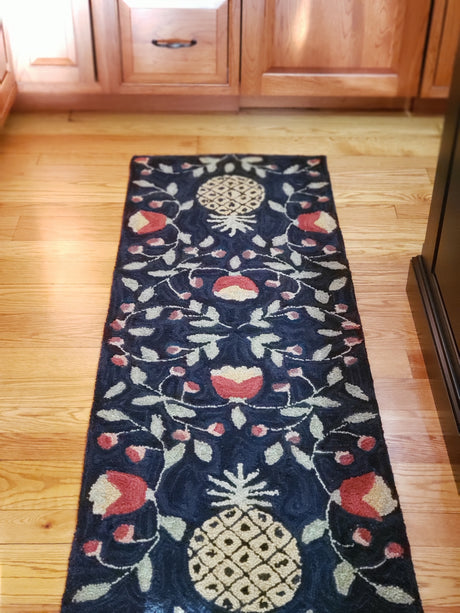 treasuredcountrygifts.com pineapple rug runner