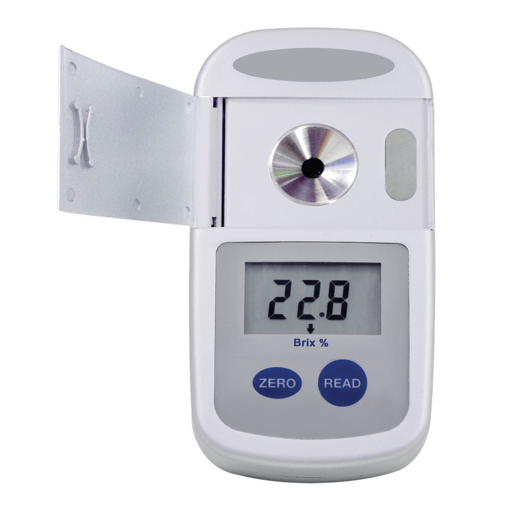 Digital Pocket Refractometer 300052 - RWC Testing & Lab Supplies