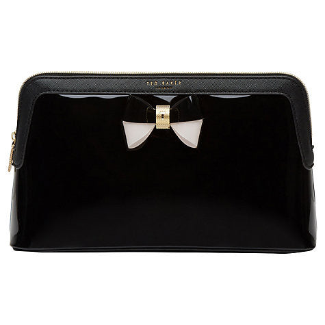 madlynn wash bag - black || ted baker || beautybar