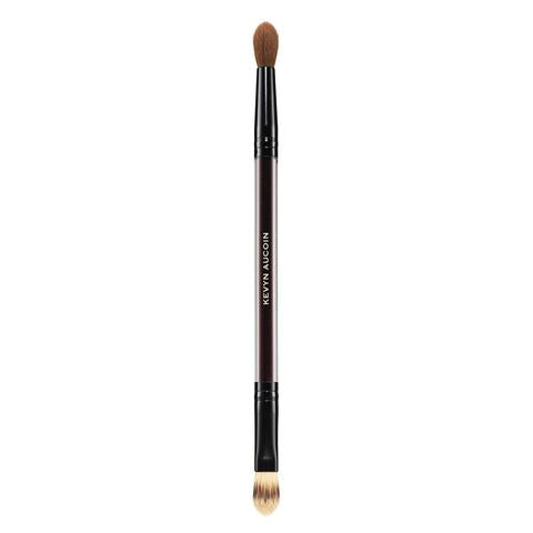 the duet-concealer brush || kevyn aucoin || beautybar