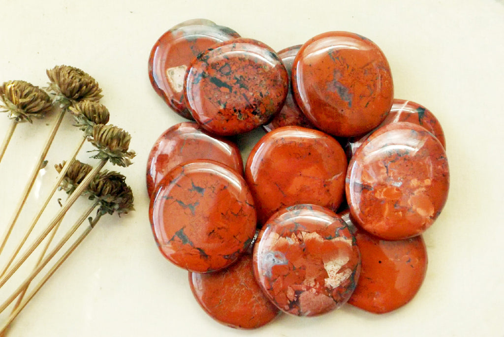 Red Jasper crystal - Esoteric Aroma