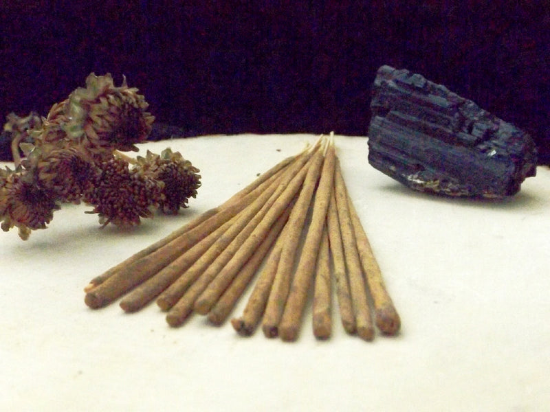 Black Nag Champa incense sticks - Esoteric Aroma