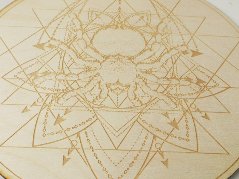 Spider Crystal Grid - Esoteric Aroma