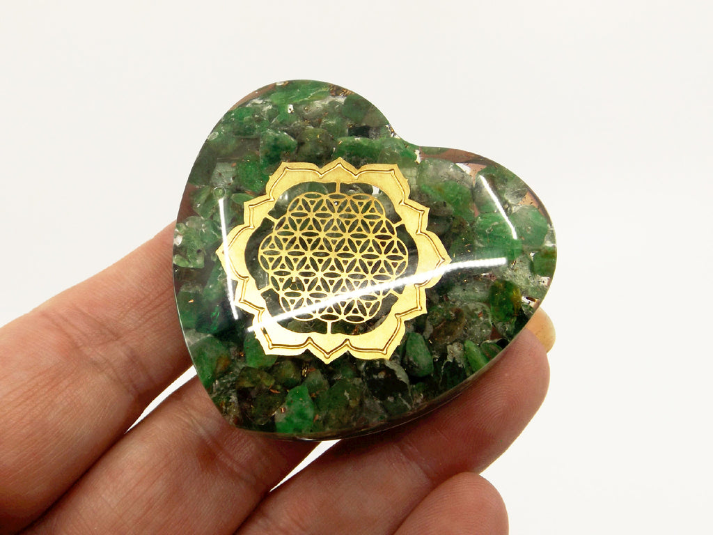 Emerald orgone heart - Esoteric Aroma