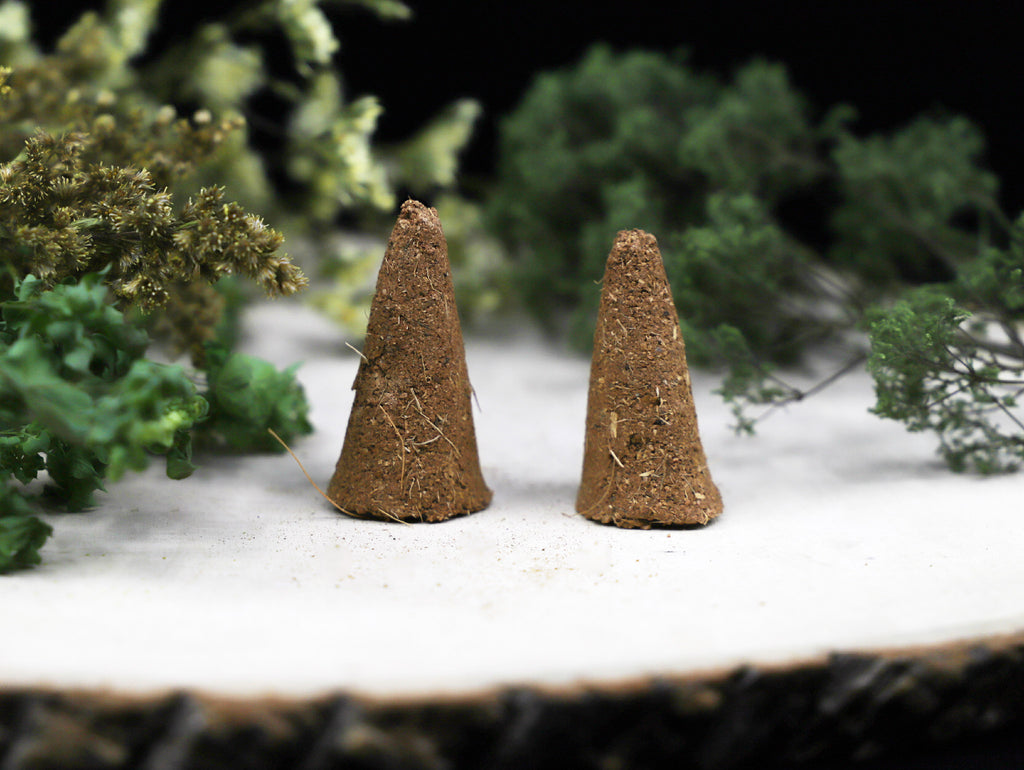 Palo Santo and Wild Herbs incense cones - Esoteric Aroma