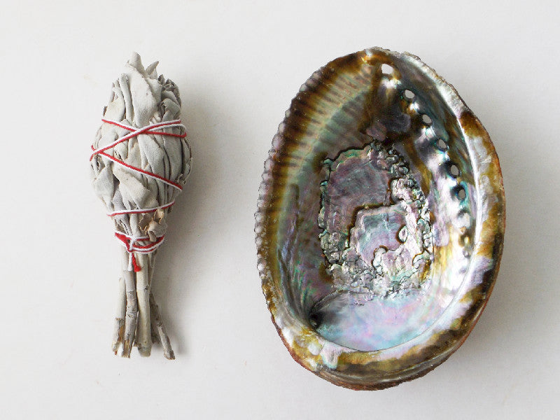 White Sage Wand and Abalone Shell Kit - Esoteric Aroma