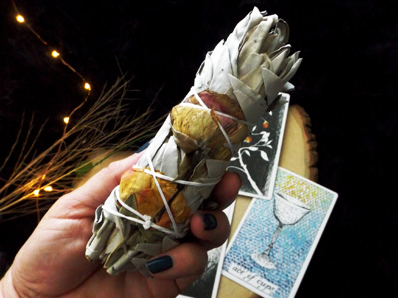 White Sage and Rose smudge wand - Esoteric Aroma