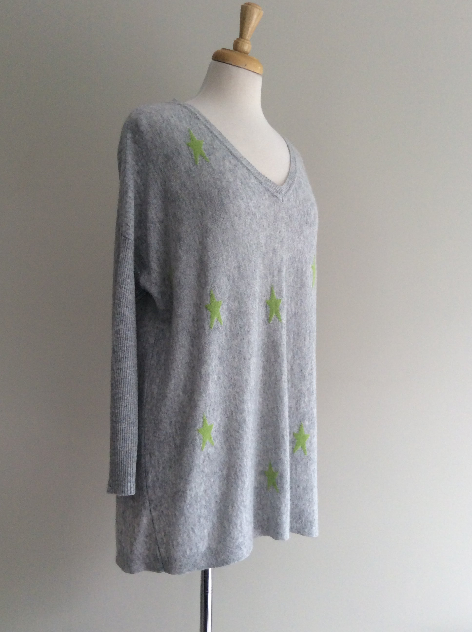 Multi Star V Neck Knit