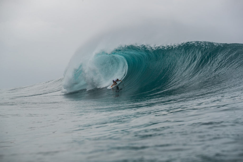 Cam Richards Nearly Scores a Perfect Heat at Volcom Pipe Pro