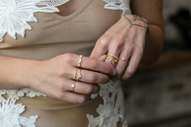Pavé Chain Ring in Gold - Corail Blanc