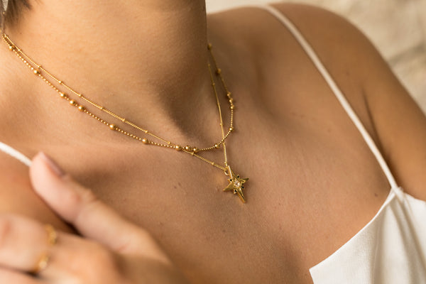 Leo Necklace - Corail Blanc