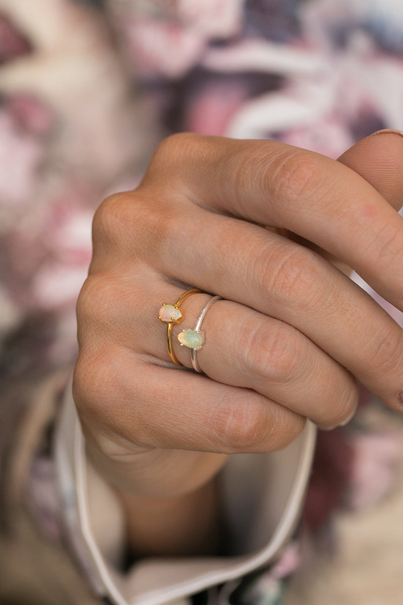Sky Opal Ring in Silver - Corail Blanc
