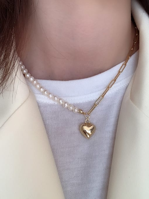 Love Asymmetric Pearl Necklace - Corail Blanc