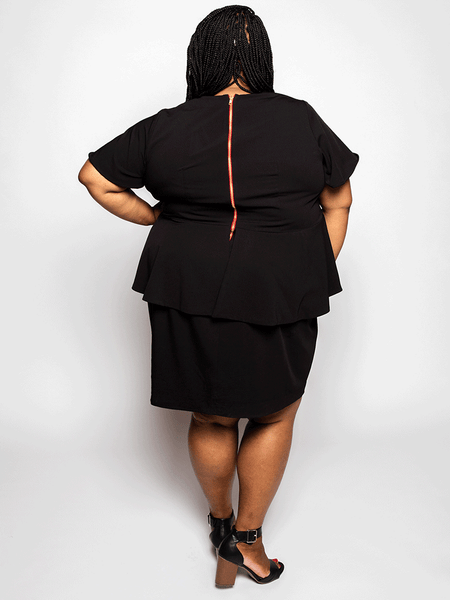 Elu Custom Plus Size Apparel Dress Shawn Back View