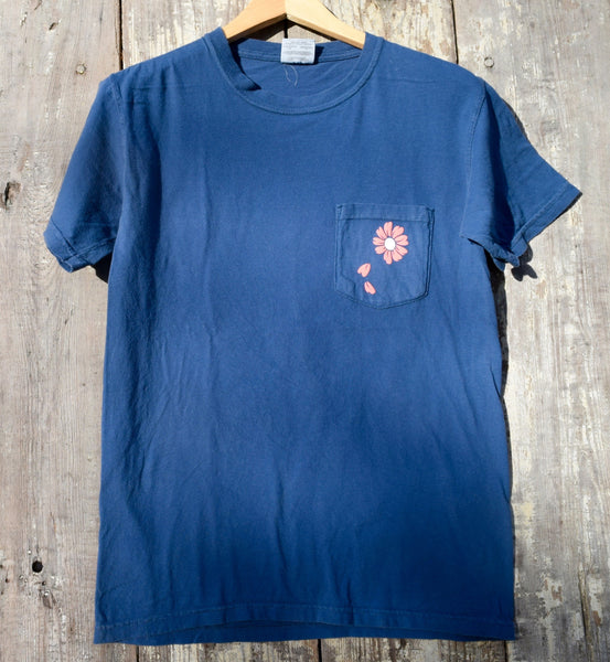 Dog Days of Summer Pocketed Tee
